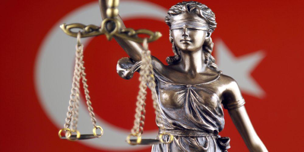 Siyasetin Ruhundan Kanunların Ruhuna Bir Devlet Krizi